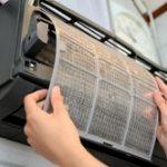 エアコンのフィルター掃除方法。効果を高める頻度とやり方。