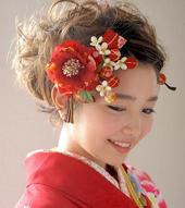 成人式 着物 髪型 お花の髪飾り