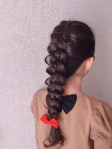 小学生 女子 髪型 ロング 編み込み