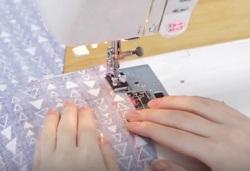 ジグザグ縫い ロックミシン