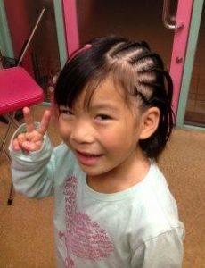 小学生 女子 髪型 ショート コーンロウ