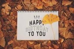 HAPPY BIRTHDAY 落ち葉 メッセージ