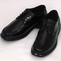 黒の革靴 メンズ