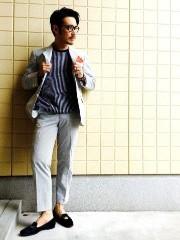 スーツ ノーネクタイ コーデ