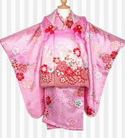 桃色の女の子の着物