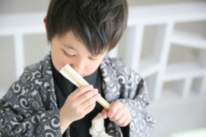 センスを持った袴姿の男の子