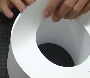立体看板 発泡スチロール 厚紙はがす