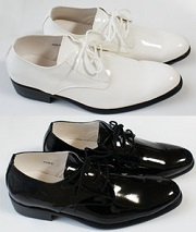 エナメル素材 靴