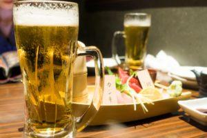 居酒屋 ビール お刺身