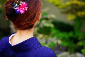 着物 女性 髪飾り