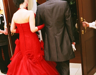 結婚式 新郎新婦 入場
