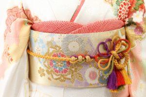 華やかな着物と帯