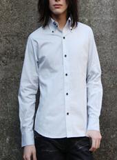 20代男性 プレーンシャツ