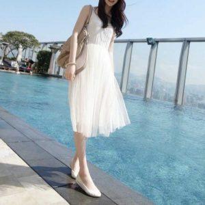 白ワンピース 夏 服装