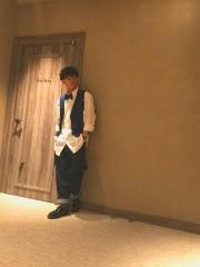蝶ネクタイ ゆるい 服装
