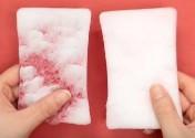 食器用スポンジ 硬い部分と柔らかい部分に切り分ける