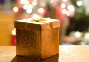 クリスマス プレゼント ゴールド