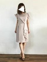 ベージュ ドレス