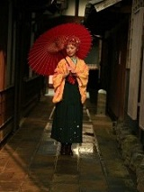 袴 女性 傘
