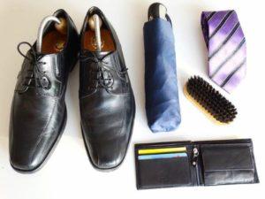 靴 傘 ネクタイ 財布