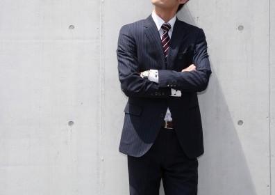 男性 会社員 スーツ
