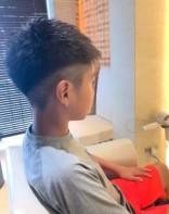 ツーブロック サイド刈り上げ 男の子 髪型