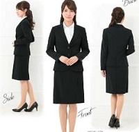 女性 先生 卒園式 服装