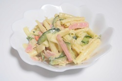 マカロニサラダ 野菜