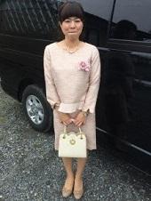 ピンク スーツ 入園式 ママ