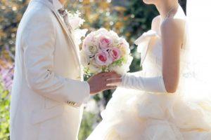 結婚式 新郎新婦 花束