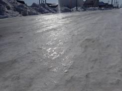 凍った道 雪