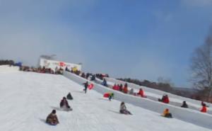 いわて雪まつり そり 滑り台