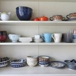 食器棚カビの取り方と防止対策!カビ臭さ除去や上手な掃除方法は?