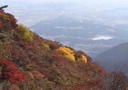 御在所岳 山頂から見る紅葉景色
