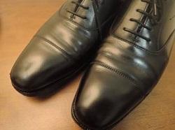 お通夜 告別式 靴