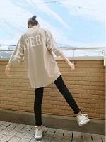 スニーカー シャツ