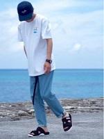 ラフ シンプル 服装