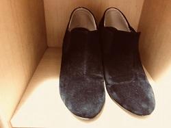 カビの生えた靴