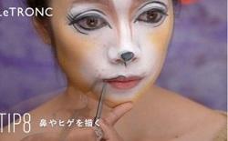 アイライナーで猫の目、鼻、ヒゲを描く