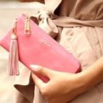 【長財布・二つ折り財布】レディースおすすめ!選び方やブランドは?
