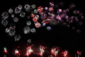 打ち上げ花火 カラフル 千輪菊