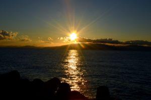 海岸の初日の出