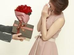 花束 女性にプレゼント